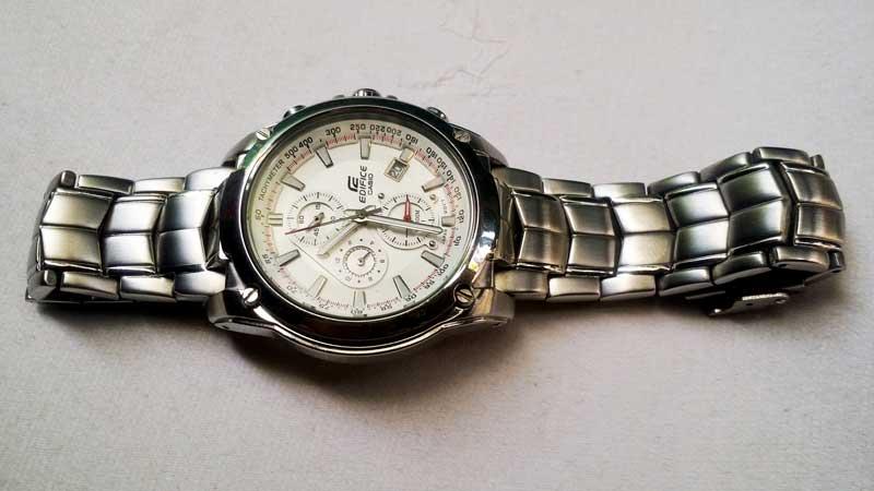 Kết quả hình ảnh cho đồng hồ đeo tay 6 kim
