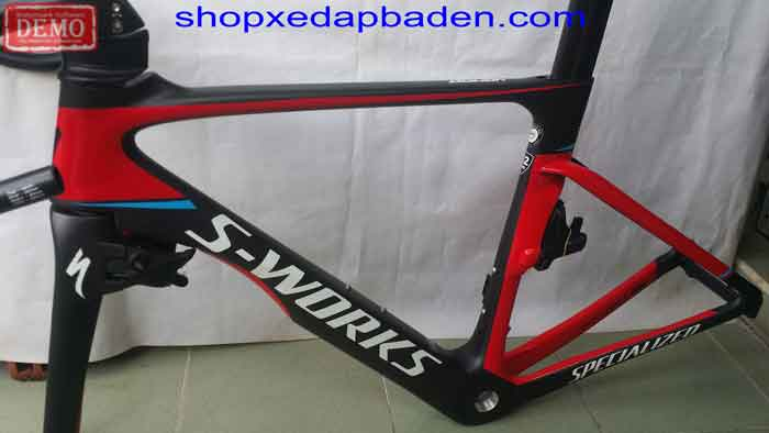 khung carbon specialized càng
